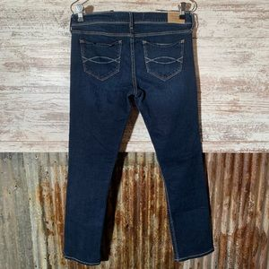 ABERCROMBIE & FITCH Straight Leg Jean Size 4